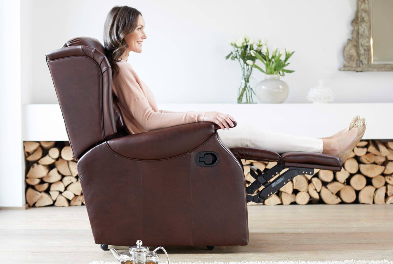Linton Catch Recliner in New England Brown
