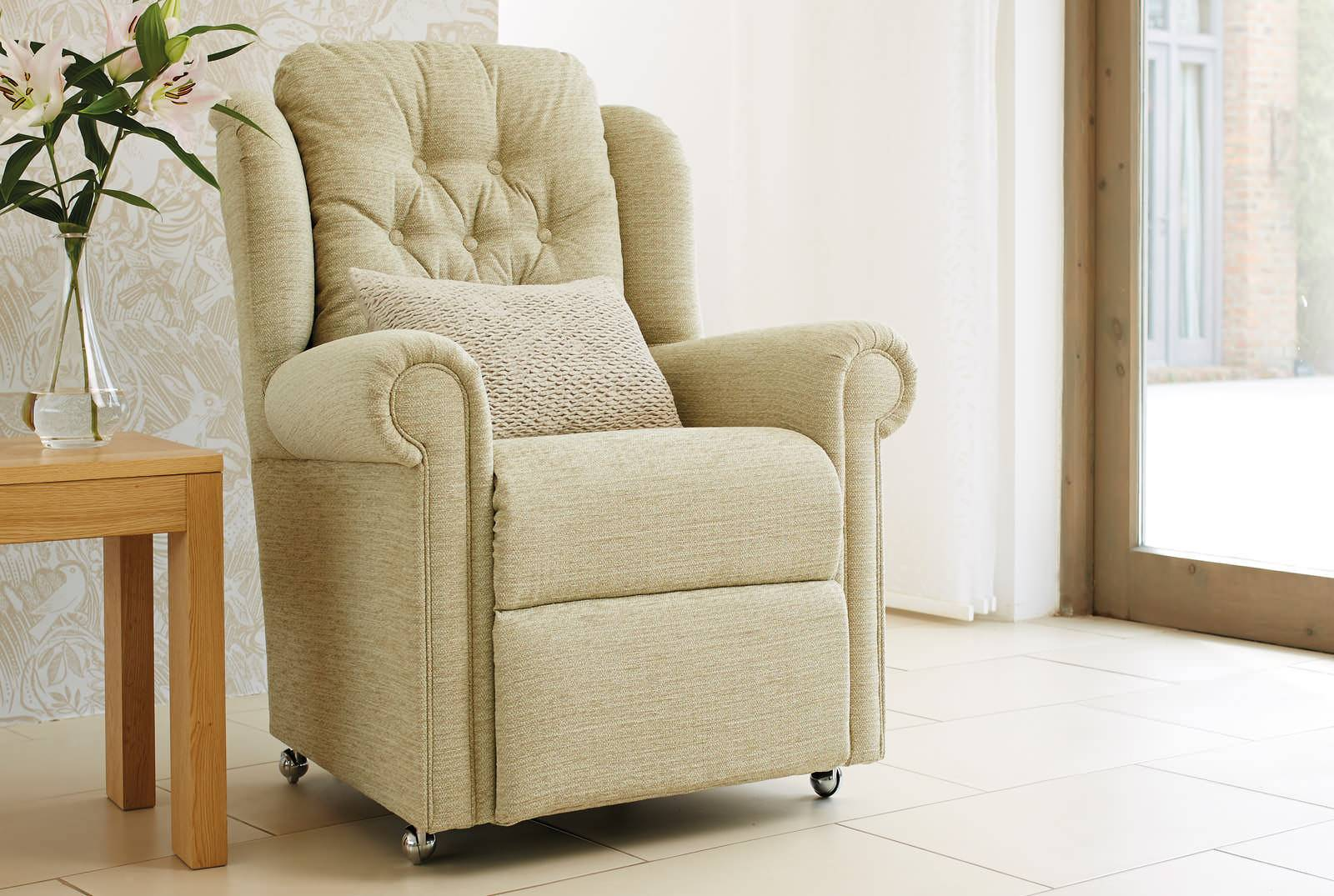 Hampton Relax Comfort Chair in Vienna Fennel