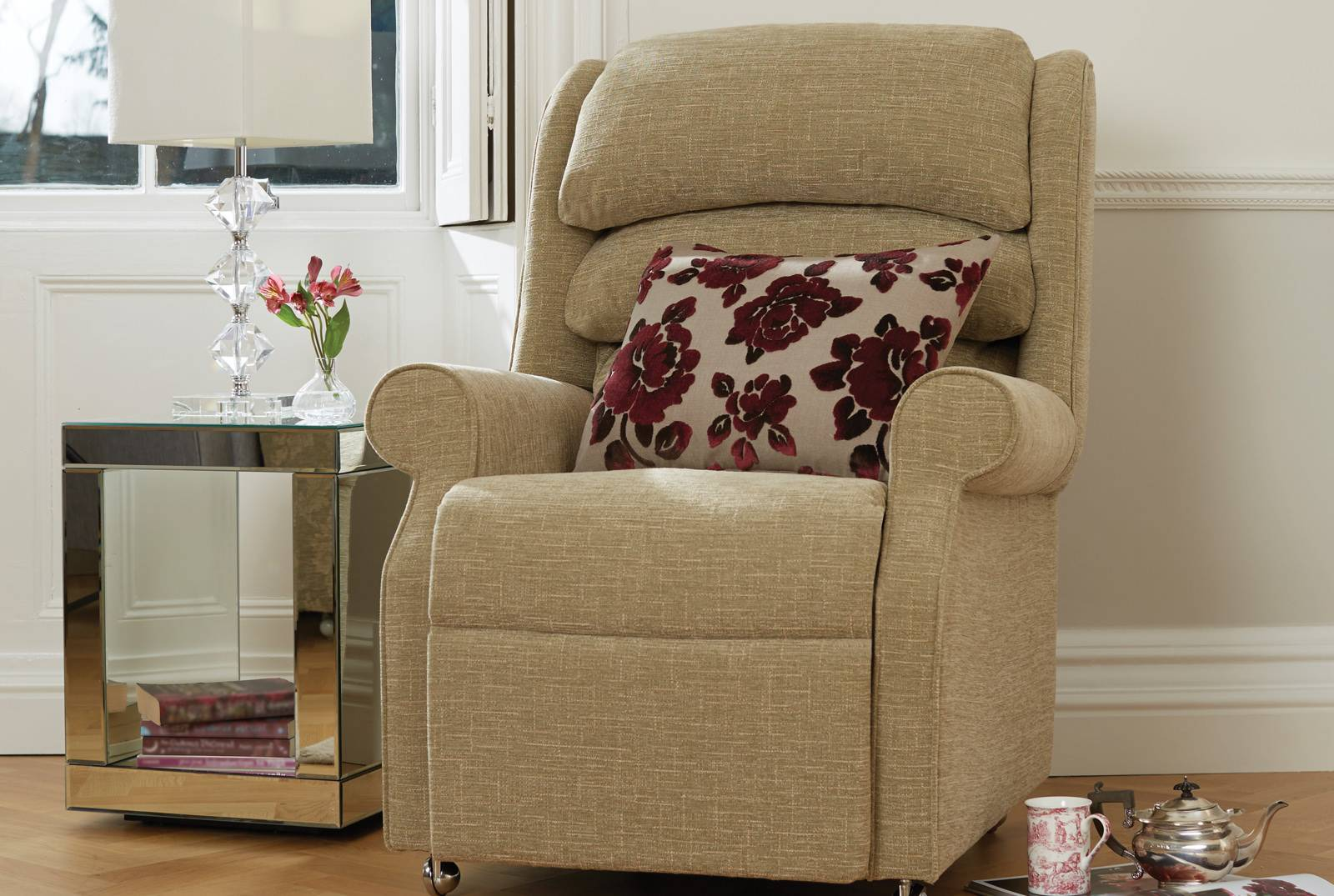 Waltham Comfort Chair in Elba Plain Celadon