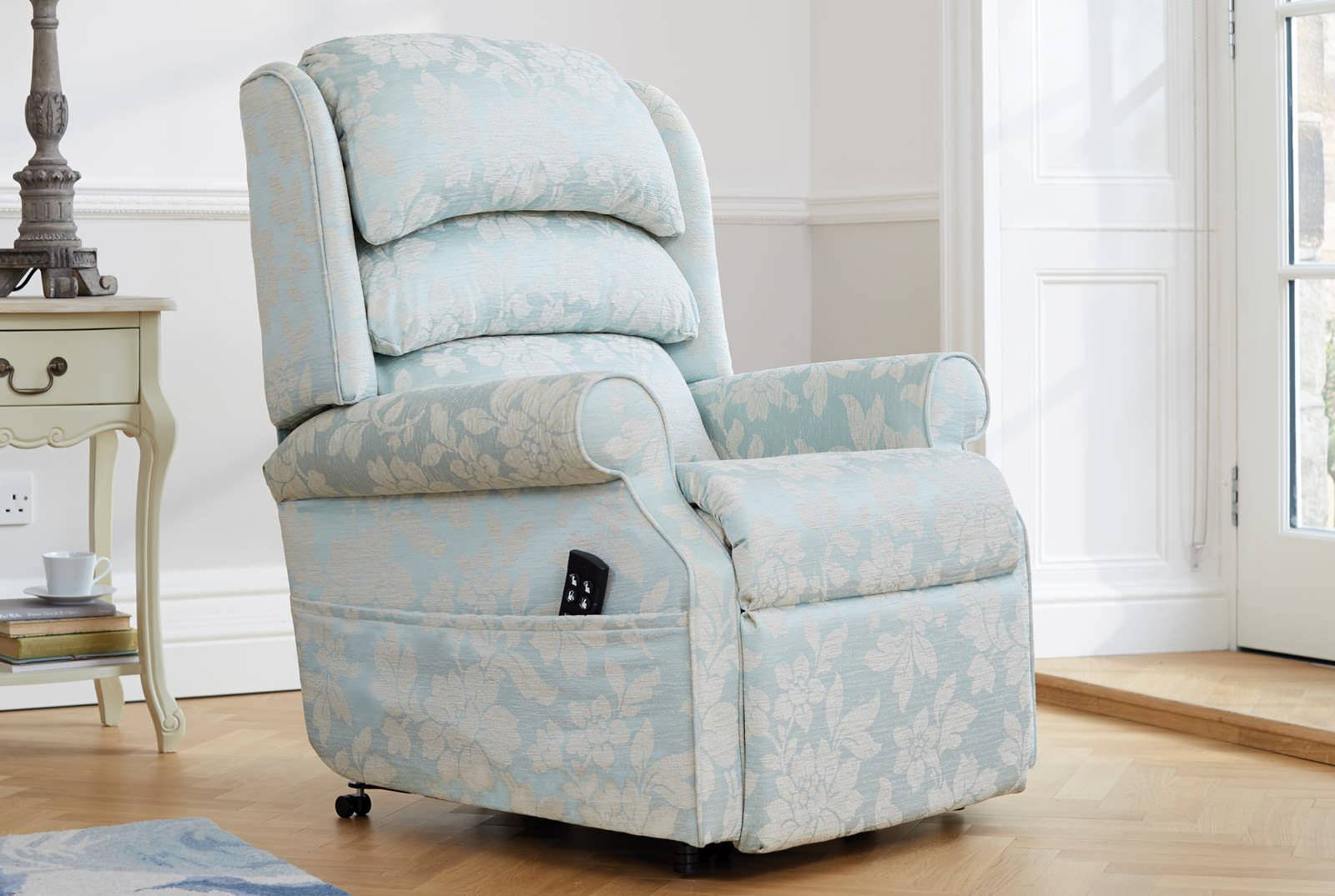 Waltham Dual Motor Riser Recliner in Conway Floral Wedgwood