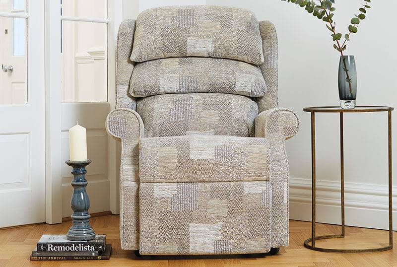 Waltham Comfort Chair in Caledonian Patchwork Hemp