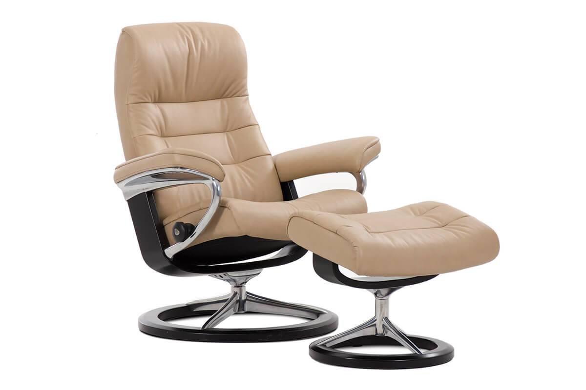 Gallery Opal Signature Recliner in Paloma Beige