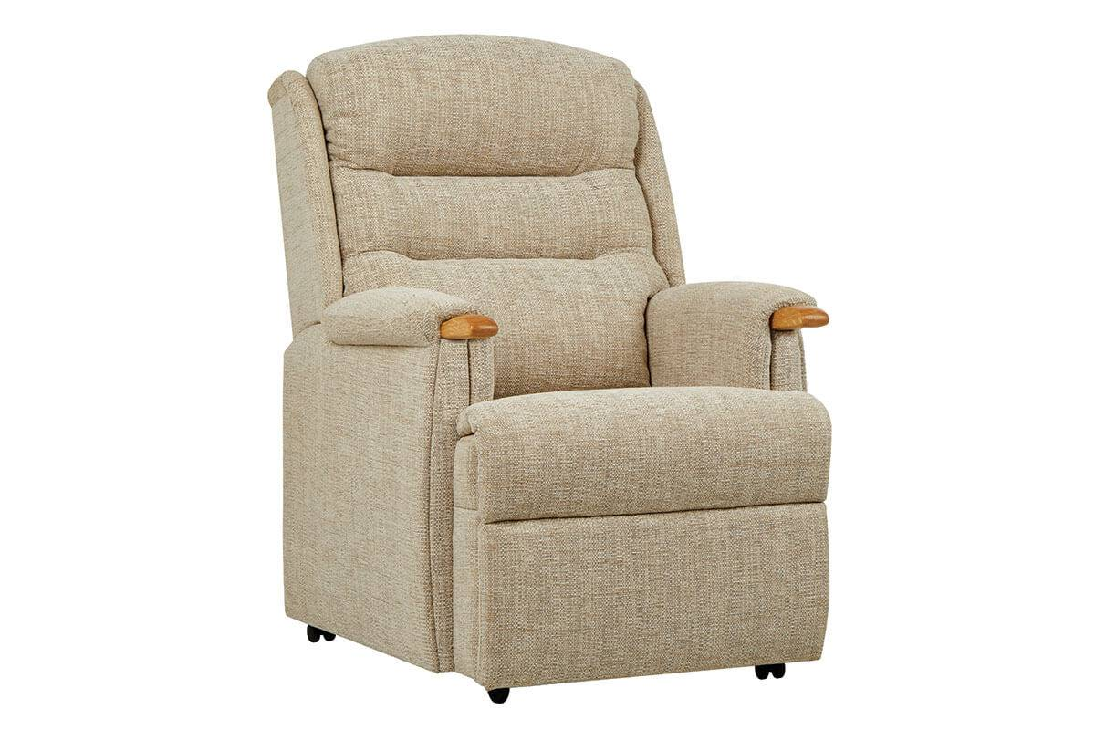 Ripley Armchair (with Knuckles)