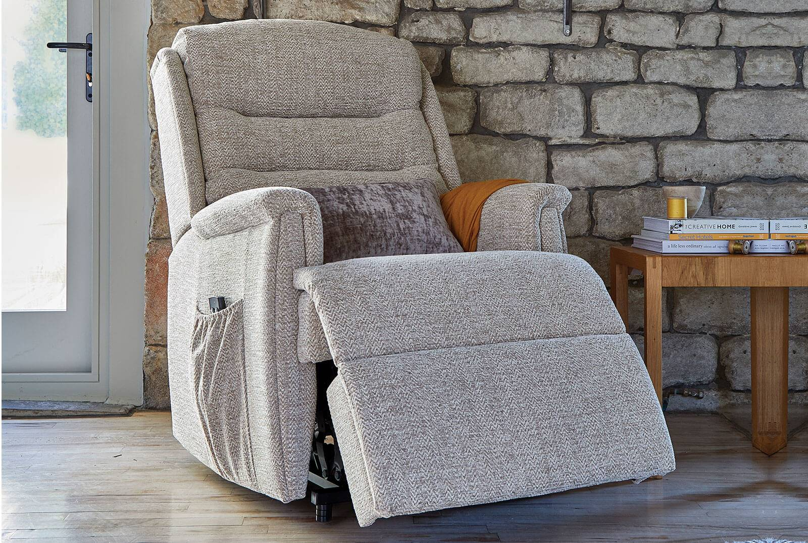 Ripley Single Motor Riser Recliner in Canilo Alpine