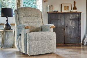Ripley Single Motor Riser Recliner with Knuckles in Canilo Oatmeal