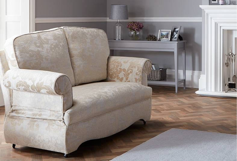 Leyburn Drop-Arm Sofa